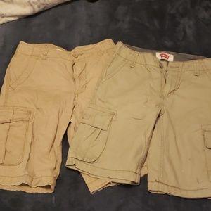 Lot of 2 boys cargo shorts size 10